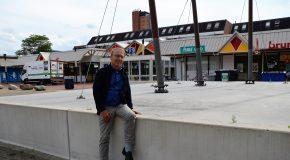 Ondernemers willen parkeerplaatsen op het Raadhuisplein